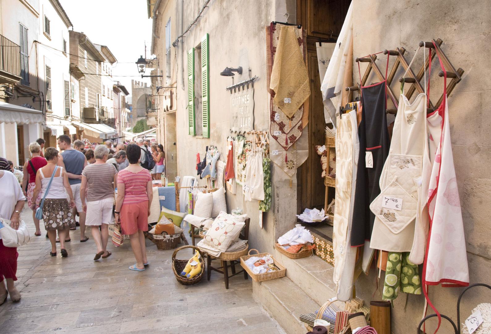 pueblo de alcudia mercado