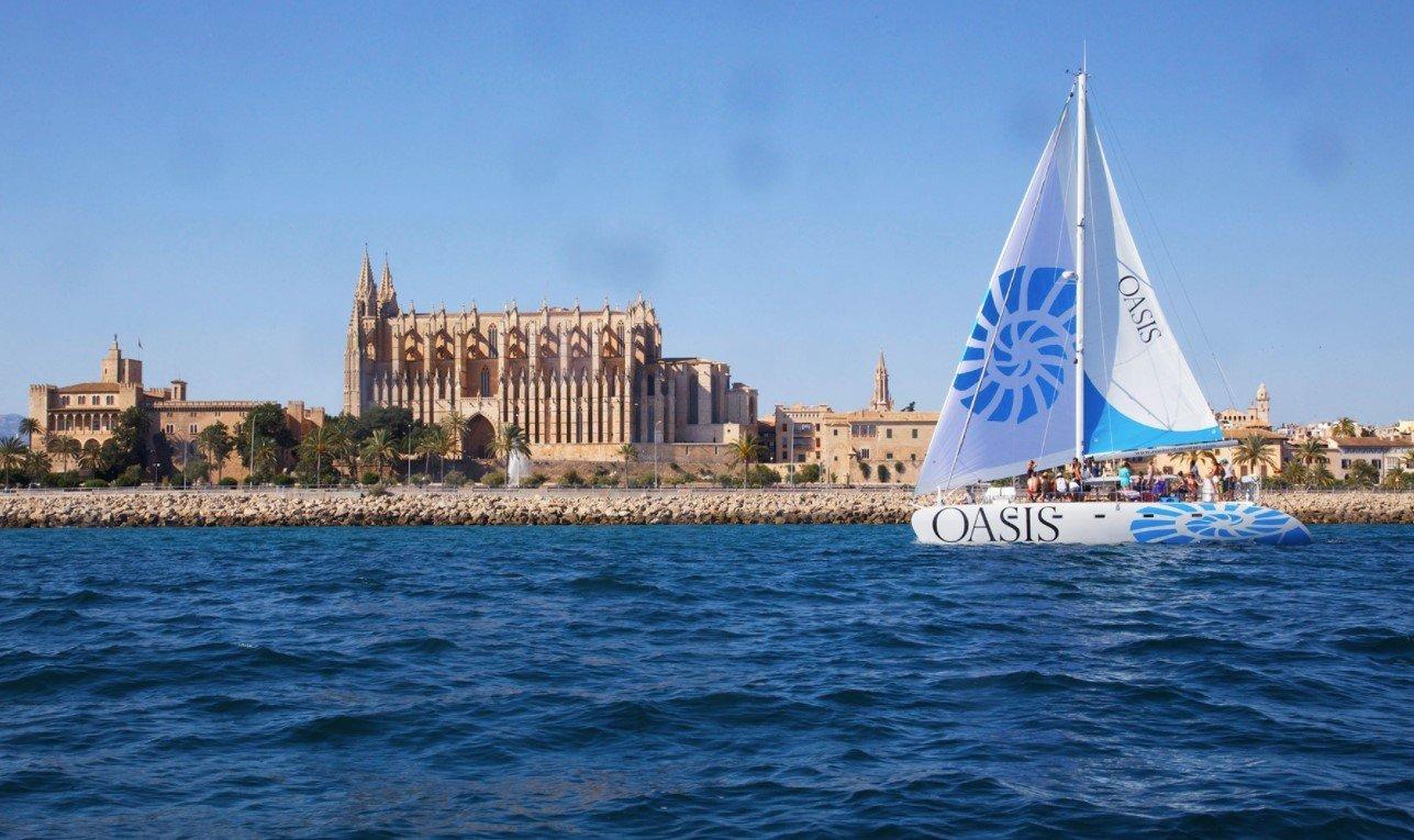 oasis catamaran mallorca