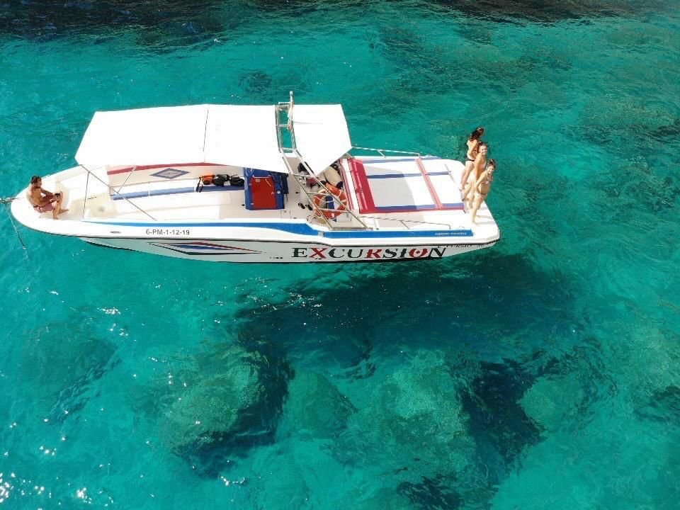 excursion in alcudia by boat