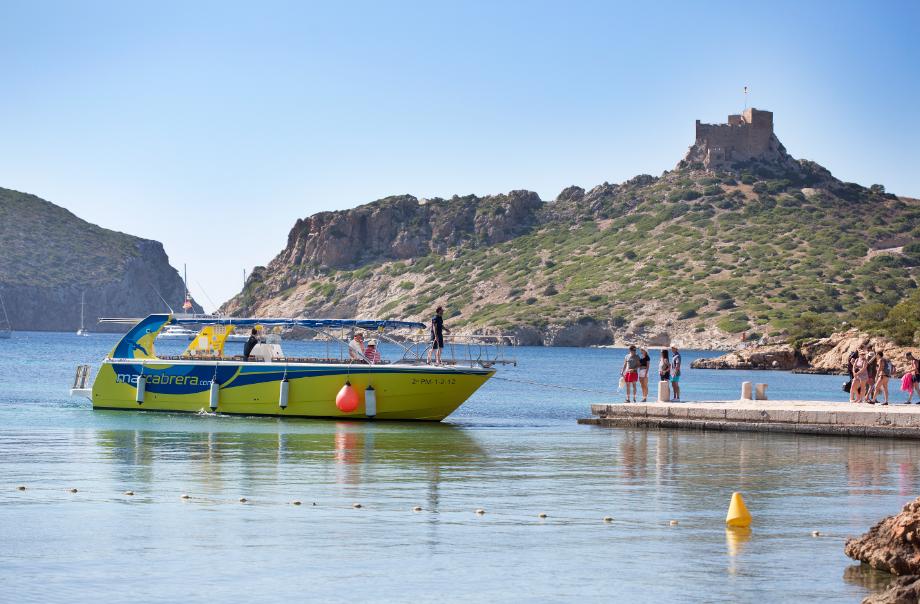 boat for Cabrera