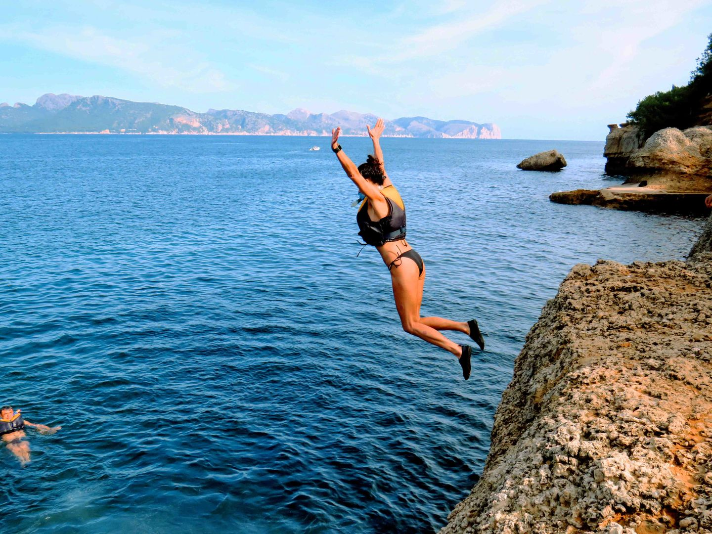 cliffs jumping